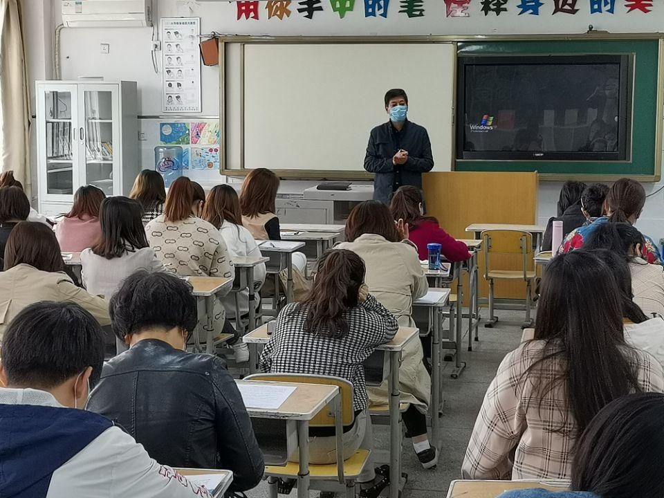 扎实演练抗疫情 全力以赴迎复学 ——西安浐灞和平小学开展开学疫情防控演练